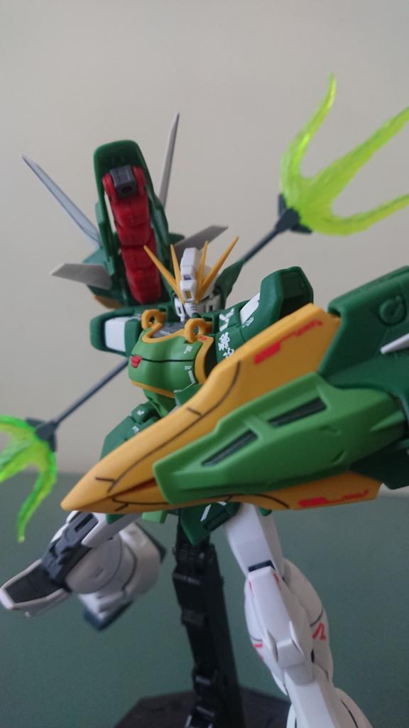[閒聊] MG 雙頭龍鋼彈